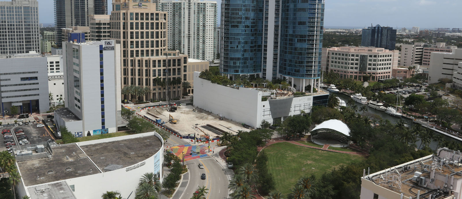 100 Las Olas March 2017 Construction