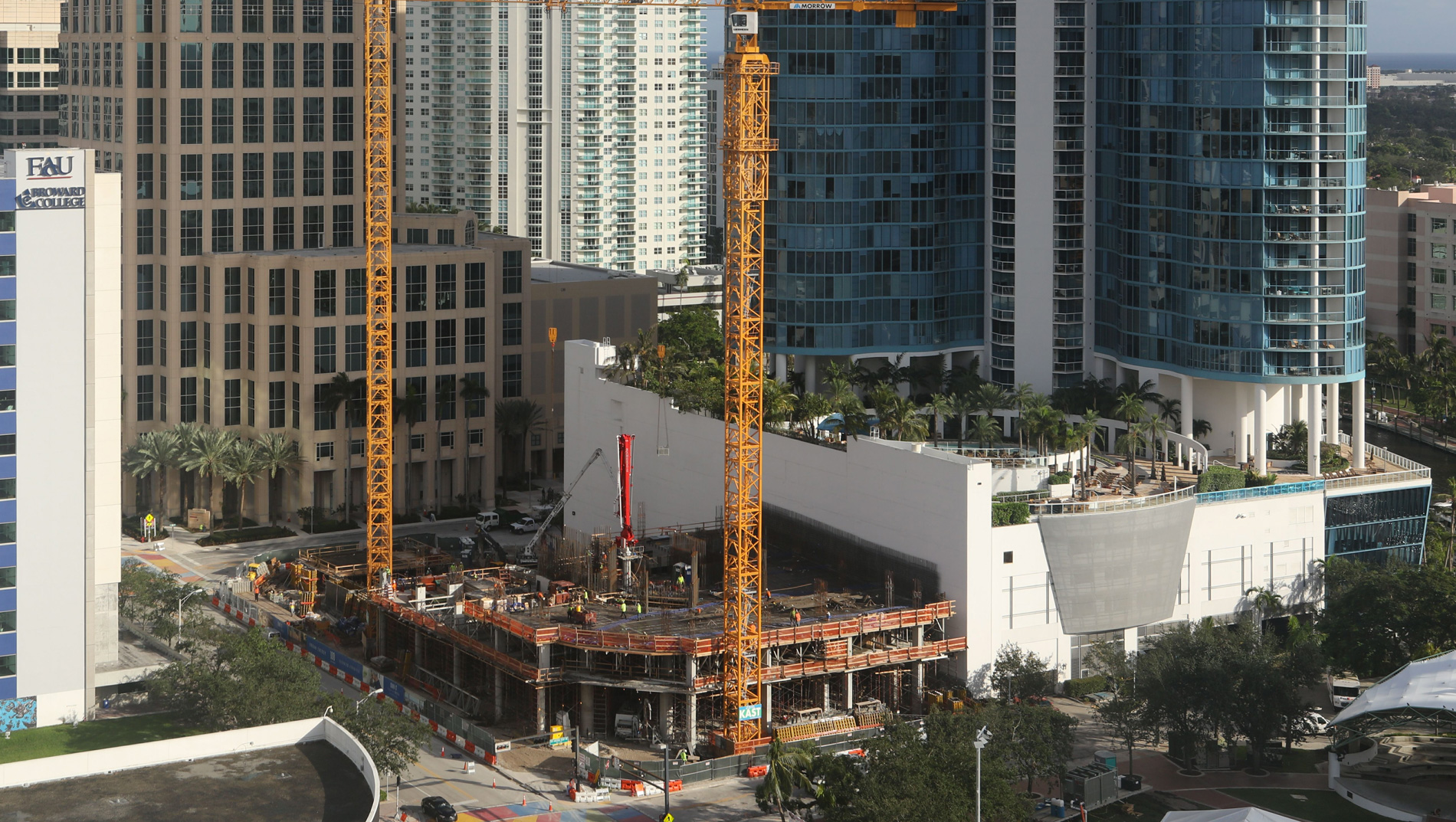 November 2017 Construction Update 100 Las Olas